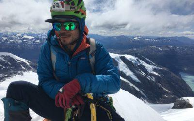 Montañas en Patagonia : exploración y aventura / Felipe Cancino